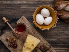 tăng cân với trứng và mật ong